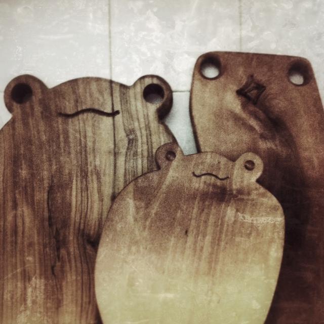 Taglieri in olivo a forma di animali